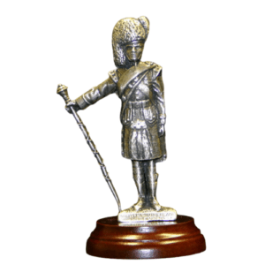 Pipercraft Argyll and Sutherland Highlanders Drum Major Figurine